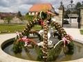 2015 4 Osterbrunnen in Franken Eckersdorf Schloß Fantasie Foto J.Kalb (3).JPG