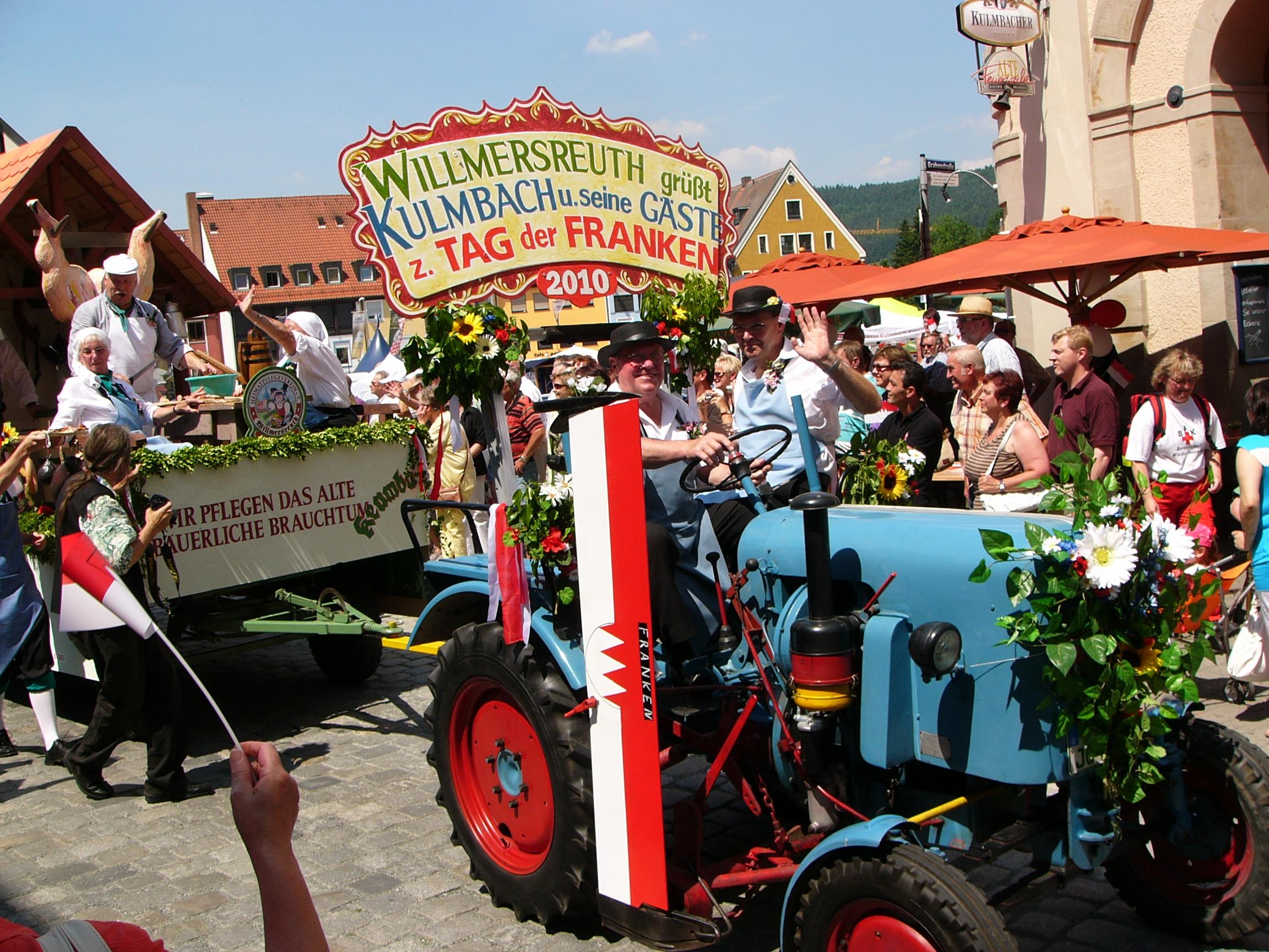 2010 7 T.d.Fr. Festzug total fränkisch Foto J.Kalb.JPG