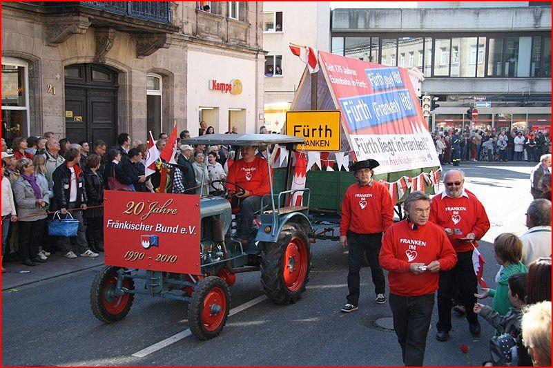 2010 FB Teilnahme am Erntedankfestzug in Fürth 20 Jahre FB.JPG
