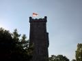 2015 07 Frankenfahne auf dem Bismarkturm in Suhl